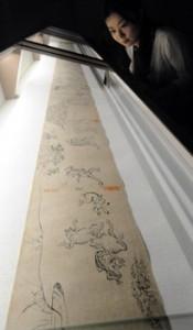"Photo= ""Ko-no-maki"" of the restored scrolls ""Choju-giga,"" the National Treasure, was shown to the press (3:10 p.m., July 7, Kyoto National Museum, Higashiyama Ward, Kyoto)"