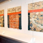 Photo= The float's front ornamental rugs and decorative tapestries, made during the late Edo Period but no longer used, can be seen at the venue (The Museum of Kyoto, Nakagyo Ward, Kyoto)