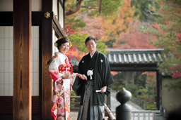 Photo= Wakon Ukeire Kyogikai established with the aim of attracting foreign visitors for Photo Weddings (Kamigyo Ward, Kyoto)