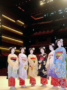 "Photo= Maiko stand on the stage to observe the newly built ""Rohm Theatre Kyoto"" (Sakyo Ward, Kyoto)"