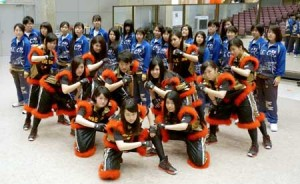 Photo= Students of the dance club who won three awards in international competition (Meitoku High School, Nishikyo Ward, Kyoto)