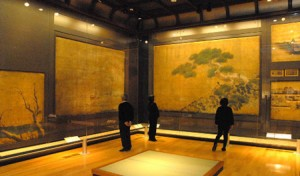 Photo= Snowscapes on partition paintings in Ninomaru Palace (Gallery of Nijo Castle, Nakagyo Ward, Kyoto)