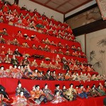 "Photo= More than 300 dolls are displayed on a ten-tiered ""Hina-dan"" platform (Toko-in Temple, Kaminobe-cho, Ayabe City, Kyoto Prefecture)"