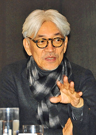Photo= Ryuichi Sakamoto
