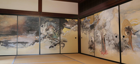 Noted artists drawing fusuma door pictures in Kyoto temple