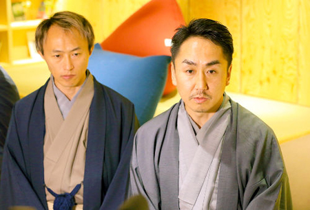 "Photo= President Idezawa (right) describes the aims of ""LINE KYOTO"" = Shimogyo Ward, Kyoto"